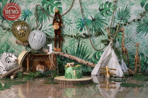 بک دراپ تولد تم حیوانات در جنگل -کد 6363