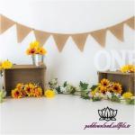 بک دراپ تولد تم گلهای آفتابگردون -کد 6101